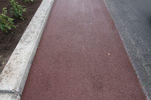 Rød asfalt i gladengveien 013