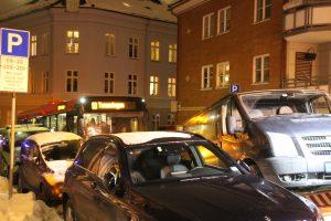 Snø og gateparkering i BGO (1)