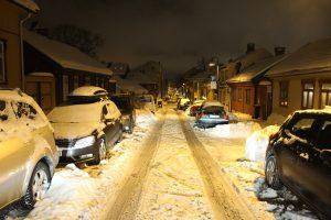 Snø og gateparkering i BGO (21)