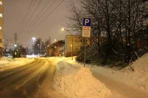 Snø og gateparkering i BGO (8)