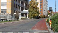 I forbindelse med at man nå skal merke opp den nye sykkelbanen i øvre del av Gladengveien mellom Stålverksveien og Grenseveien på Ensjø, har man fjernet muligheten for parkering på […]