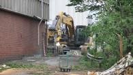Nå har Skanska startet det endelige rivningsarbeidet av bygningen i Ensjøveien 12 B. De startet allerede i 2012 da leiekontraktene ble sagt opp og de startet å flytte ut […]