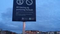 Det høres unektelig litt rart ut at det er blitt forbudt å parkere på Ensjø sin største parkeringsplass. Det har imidlertid aldri vært lov å parkere på denne plassen. […]