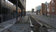 Arbeidet med gangvei, parkeringslommer og sykkelbane i Ensjøveien utenfor Ensjøtorg er i gang. Tillatelsene ble gitt i februar 2019. Nå i juni kommer det imidlertid noen mindre endringer som skal […]